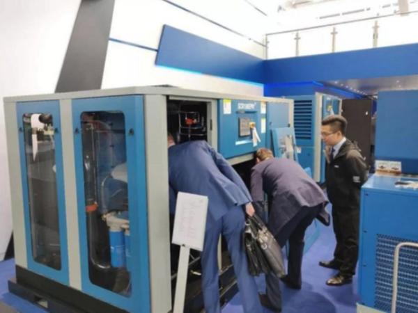 广州永磁变频空压机价钱高,但大多数厂家毫不吝啬的原因是?