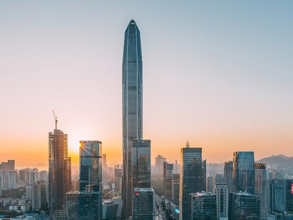 深圳平安金融大厦选择了斯可络永磁变频空压机!
