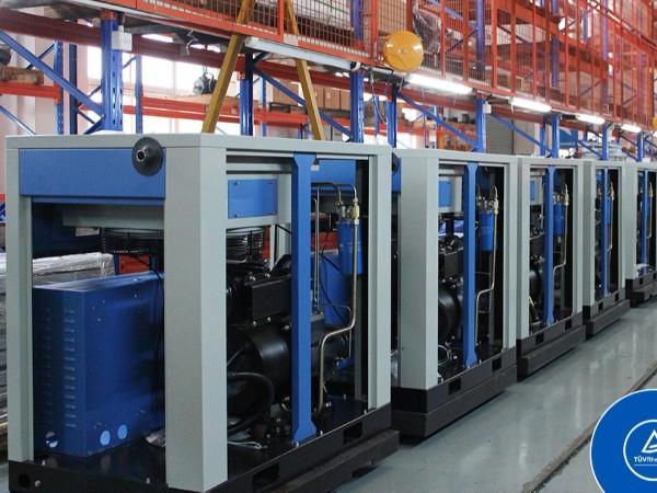 空压机油气分离器滤芯如何更换