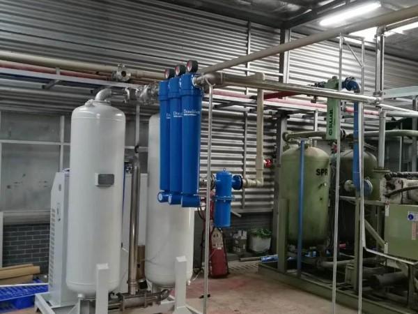 斯可络空压机工程师成功解决电子厂空压机有水问题案例