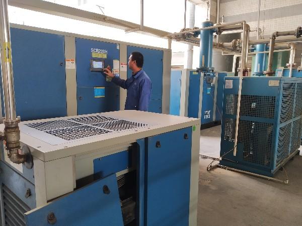电子行业中深圳永磁变频螺杆空压机的优势特点主要有哪些?