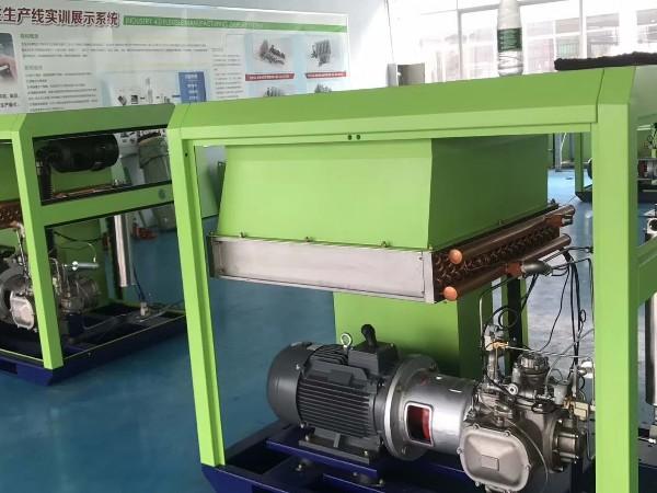 无油机价钱太高?可选这款水润滑无油螺杆空压机!